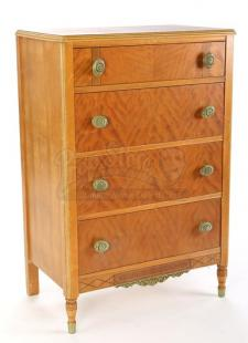 Bella Swan's Chest of Drawers