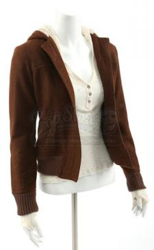 Bella Swan's Hooded Jacket and Shirt